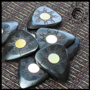 Sun Tones - Ebony - 1 Guitar Pick | Timber Tones